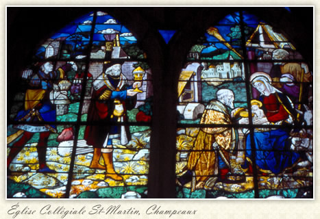 Three Wise Men Window, close up: Église Collégiale St-Martin, Champeaux